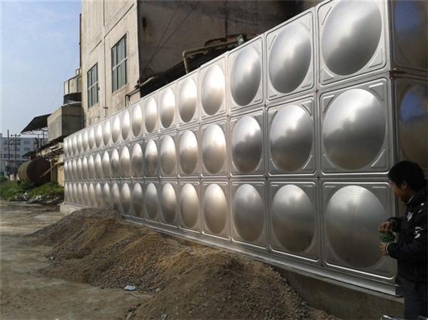 为什么304不锈钢水箱要制作基础
