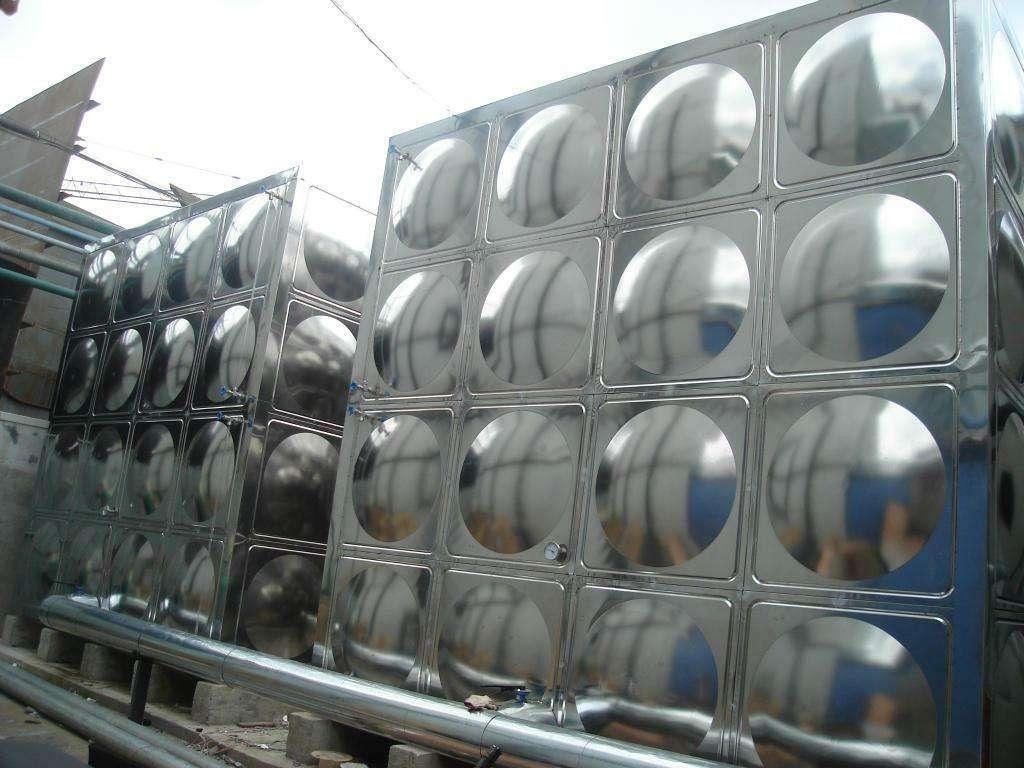 304不锈钢水箱厂家告诉你不锈钢水箱清洁步骤是怎样的